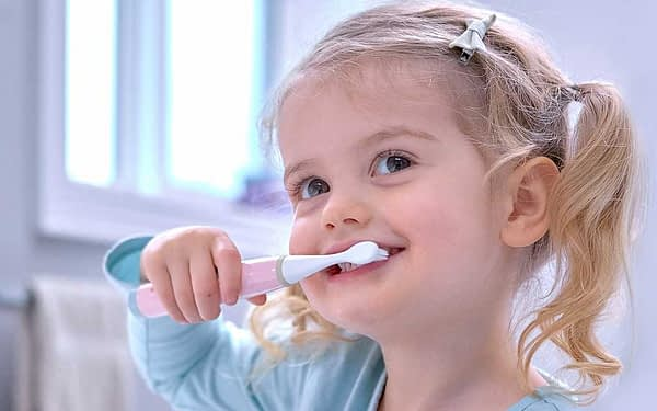 Marcus Marcus Light Pink Kids Sonic Electric Toothbrush very ergonomic handle design with extra soft brushes.