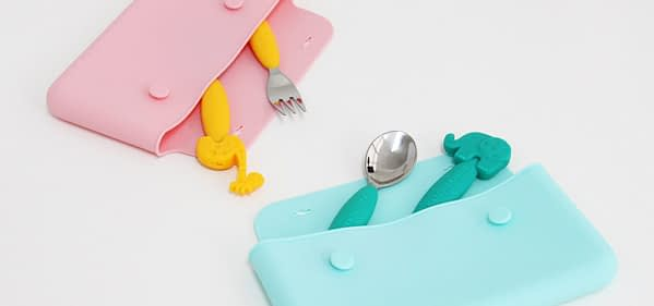 Marcus Marcus Blue and Pink Cutlery Pouch pleasing to the eyes colour and easy to keep.